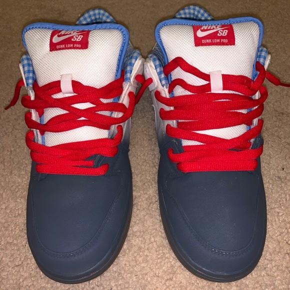 online retailer cae01 545d6 Nike SB Dunk Low SIZE 10.5 Dorothy